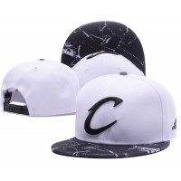 Cleveland Cavaliers White Snapback Hats White Black Cracks