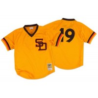 Mitchell And Ness 1982 San Diego Padres #19 Tony Gwynn Gold Throwback Stitched MLB Jersey