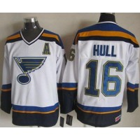 Blues #16 Brett Hull WhiteNavy CCM Throwback Stitched NHL Jersey